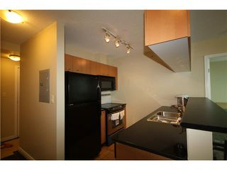 Photo 2: # 1207 1331 ALBERNI ST in Vancouver: West End VW Condo for sale (Vancouver West)  : MLS®# V933470