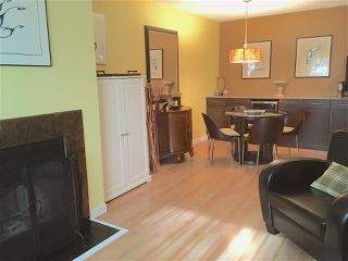 Photo 3: 105 620 BLACKFORD STREET in New Westminster: Uptown NW Condo for sale : MLS®# R2209879
