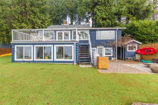"Main Photo: 3241 BEACH Avenue: Roberts Creek House for sale in ""Beach Avenue Waterfront"" (Sunshine Coast)  : MLS®# R2226653"