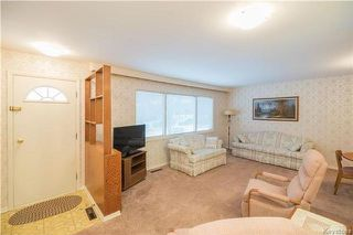 Photo 2: 223 Newman Avenue West in Winnipeg: West Transcona Residential for sale (3L)  : MLS®# 1730555