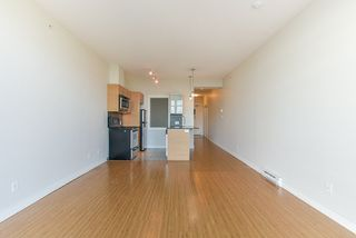 Photo 14: 2103 13399 104 Avenue in Surrey: Whalley Condo for sale (North Surrey)  : MLS®# R2229782