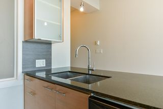 Photo 10: 2103 13399 104 Avenue in Surrey: Whalley Condo for sale (North Surrey)  : MLS®# R2229782