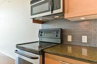 Photo 11: 2103 13399 104 Avenue in Surrey: Whalley Condo for sale (North Surrey)  : MLS®# R2229782