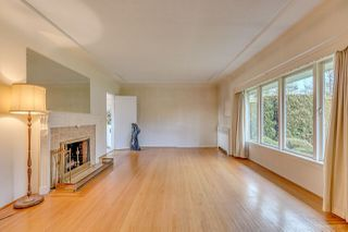 Photo 3: 950 W 57TH Avenue in Vancouver: South Cambie House for sale (Vancouver West)  : MLS®# R2233368