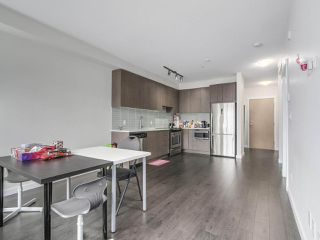 Photo 6: 211 9168 SLOPES Mews in Burnaby: Simon Fraser Univer. Condo for sale (Burnaby North)  : MLS®# R2252542