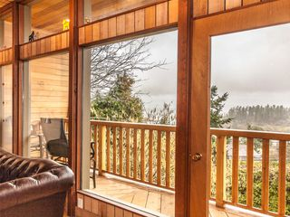 Photo 9: 3693 Oakridge Drive in Hammond Bay: House for sale : MLS®# 407321