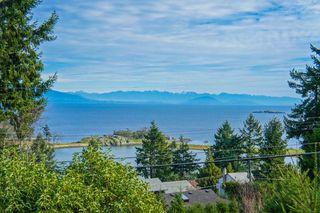 Photo 3: 3693 Oakridge Drive in Hammond Bay: House for sale : MLS®# 407321