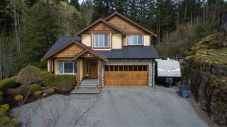 Photo 1: 630 Granrose Terrace in Victoria: Co Latoria Single Family Detached for sale (Colwood)