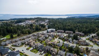 Photo 37: 630 Granrose Terrace in Victoria: Co Latoria House for sale (Colwood)