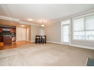 "Photo 4: 310 5430 201 Street in Langley: Langley City Condo for sale in ""SONNET"" : MLS®# R2258657"
