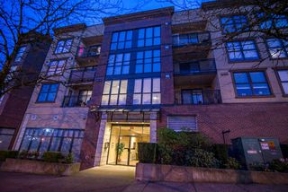 Photo 3: 3008 84 GRANT Street in Port Moody: Port Moody Centre Condo for sale : MLS®# R2261798