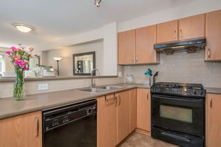"""Photo 11: 110 4723 DAWSON Street in Burnaby: Brentwood Park Condo for sale in """"Collage"""" (Burnaby North)  : MLS®# R2261958"""
