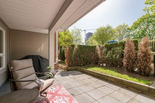 """Photo 4: 110 4723 DAWSON Street in Burnaby: Brentwood Park Condo for sale in """"Collage"""" (Burnaby North)  : MLS®# R2261958"""