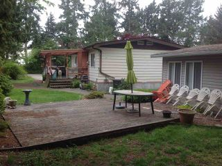 Photo 2: 4526 STALASHEN Drive in Sechelt: Sechelt District Manufactured Home for sale (Sunshine Coast)  : MLS®# R2262649
