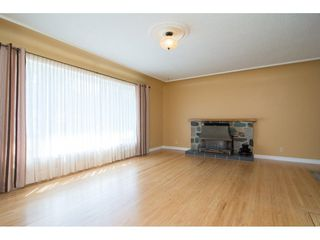 Photo 3: 33681 MAYFAIR Avenue in Abbotsford: Central Abbotsford House for sale : MLS®# R2264850