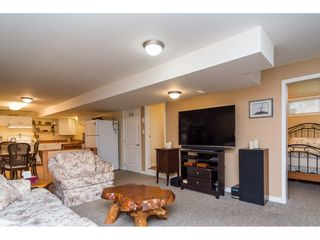 Photo 15: 33681 MAYFAIR Avenue in Abbotsford: Central Abbotsford House for sale : MLS®# R2264850