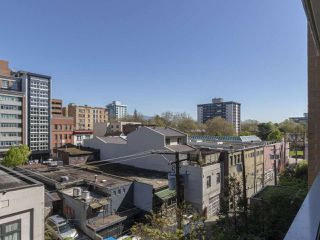 """Photo 10: 513 221 UNION Street in Vancouver: Mount Pleasant VE Condo for sale in """"V6A"""" (Vancouver East)  : MLS®# R2267246"""