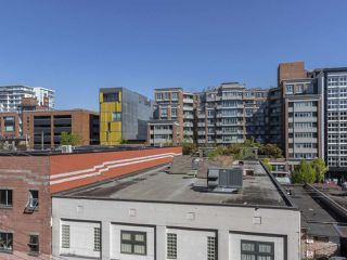 """Photo 9: 513 221 UNION Street in Vancouver: Mount Pleasant VE Condo for sale in """"V6A"""" (Vancouver East)  : MLS®# R2267246"""