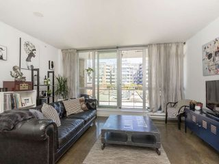 """Photo 6: 513 221 UNION Street in Vancouver: Mount Pleasant VE Condo for sale in """"V6A"""" (Vancouver East)  : MLS®# R2267246"""