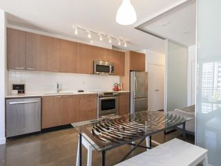 """Photo 14: 513 221 UNION Street in Vancouver: Mount Pleasant VE Condo for sale in """"V6A"""" (Vancouver East)  : MLS®# R2267246"""