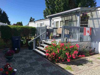 "Photo 2: 24 5575 MASON Road in Sechelt: Sechelt District Manufactured Home for sale in ""R5"" (Sunshine Coast)  : MLS®# R2283764"