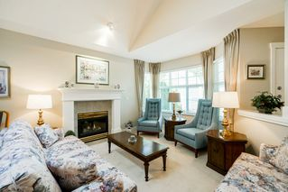 """Photo 31: 41 15450 ROSEMARY HEIGHTS Crescent in Surrey: Morgan Creek Townhouse for sale in """"CARRINGTON"""" (South Surrey White Rock)  : MLS®# R2301831"""