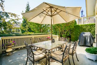 "Photo 1: 41 15450 ROSEMARY HEIGHTS Crescent in Surrey: Morgan Creek Townhouse for sale in ""CARRINGTON"" (South Surrey White Rock)  : MLS®# R2301831"