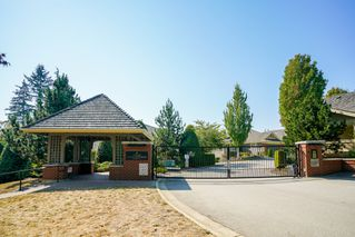 "Photo 3: 41 15450 ROSEMARY HEIGHTS Crescent in Surrey: Morgan Creek Townhouse for sale in ""CARRINGTON"" (South Surrey White Rock)  : MLS®# R2301831"
