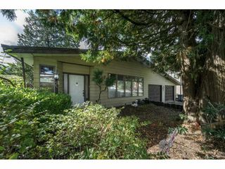 Photo 2: 13874 FALKIRK Drive in Surrey: Bear Creek Green Timbers House for sale : MLS®# R2307470