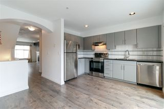 Photo 5: 4 6450 199 Street in Langley: Willoughby Heights Townhouse for sale : MLS®# R2316581