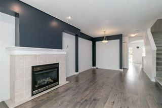 Photo 2: 4 6450 199 Street in Langley: Willoughby Heights Townhouse for sale : MLS®# R2316581