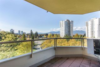 "Photo 16: 705 5790 PATTERSON Avenue in Burnaby: Metrotown Condo for sale in ""THE REGENT"" (Burnaby South)  : MLS®# R2330523"