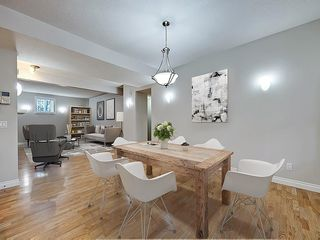 Photo 1: 302 Garrison Square SW in Calgary: Garrison Woods Row/Townhouse for sale : MLS®# C4225939
