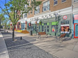 Photo 35: 302 Garrison Square SW in Calgary: Garrison Woods Row/Townhouse for sale : MLS®# C4225939