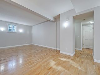 Photo 16: 302 Garrison Square SW in Calgary: Garrison Woods Row/Townhouse for sale : MLS®# C4225939