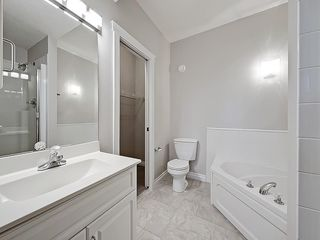 Photo 23: 302 Garrison Square SW in Calgary: Garrison Woods Row/Townhouse for sale : MLS®# C4225939