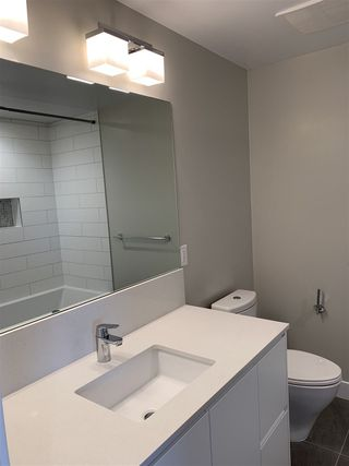 """Photo 5: 1001 6533 BUSWELL Street in Richmond: Brighouse Condo for sale in """"ELLE RICHMOND"""" : MLS®# R2340887"""