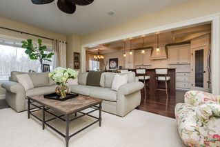 Photo 4: 12156 172 Avenue in Edmonton: Zone 27 House for sale : MLS®# E4144460
