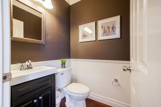 """Photo 10: 7255 201 Street in Langley: Willoughby Heights House for sale in """"Jericho Ridge"""" : MLS®# R2341418"""