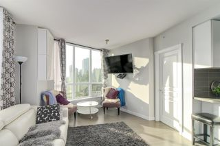 Photo 6: 1106 3093 WINDSOR Gate in Coquitlam: New Horizons Condo for sale : MLS®# R2345780