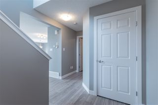Photo 3: 707 EBBERS Place in Edmonton: Zone 02 House for sale : MLS®# E4152223