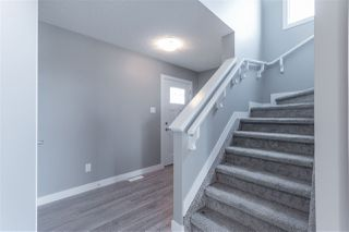 Photo 2: 707 EBBERS Place in Edmonton: Zone 02 House for sale : MLS®# E4152223