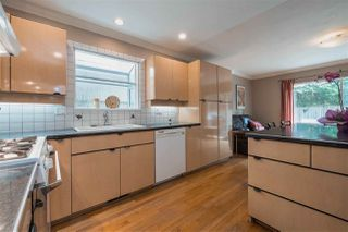 Photo 6: 2032 FRAMES Court in North Vancouver: Indian River House for sale : MLS®# R2360935