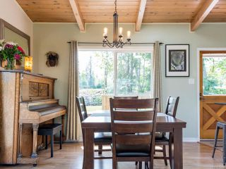 Photo 15: 3853 Livingstone Rd in ROYSTON: CV Courtenay South House for sale (Comox Valley)  : MLS®# 813466