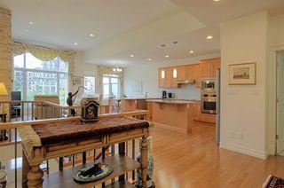 Photo 3: 6210 MAYNARD Point in Edmonton: Zone 14 House Half Duplex for sale : MLS®# E4156620