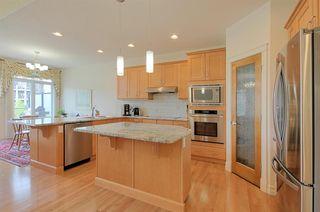 Photo 5: 6210 MAYNARD Point in Edmonton: Zone 14 House Half Duplex for sale : MLS®# E4156620