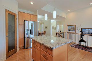 Photo 7: 6210 MAYNARD Point in Edmonton: Zone 14 House Half Duplex for sale : MLS®# E4156620