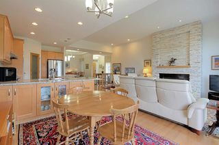 Photo 9: 6210 MAYNARD Point in Edmonton: Zone 14 House Half Duplex for sale : MLS®# E4156620