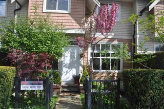 Photo 1: 2 11720 COTTONWOOD Drive in Maple Ridge: Cottonwood MR Townhouse for sale : MLS®# R2370326