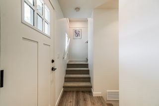 """Photo 2: 48 5940 176A Street in Surrey: Cloverdale BC Townhouse for sale in """"Crimson"""" (Cloverdale)  : MLS®# R2378326"""